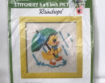Vintage Wonderart Stitchery Crewel Embroidery Kit // Raindrops No. 5000 // Square Wall Hanging 5 x 5 to Frame // Yellow Duck Umbrella Rain