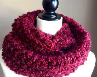 Super soft chunky crochet scarf, winter scarf, women scarf, infinity scarf, knit loop scarf, cozy cowl