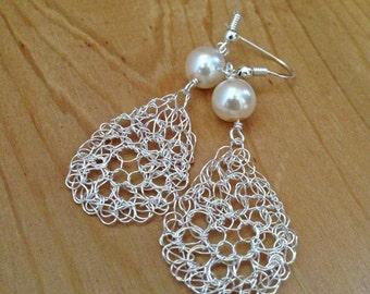 Wire crochet earrings Silver drop earrings. Pearl earrings.Dangle crochet wire earrings. Bridal earrings Wire crochet jewelry.Wire jeawelry