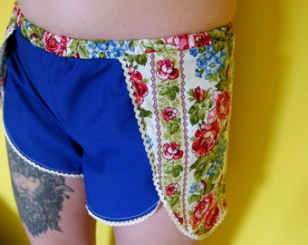 Floral blue shorts with elastic waistbnd, cotton size M