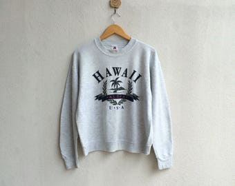 Vintage Hawaii USA Sweatshirt Nice Design // Vintage Fruit Of The Loom Sweatshirt / Vintage Hawaii