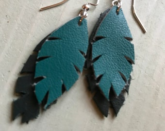 "Earrings ""feathers duo"" leather"