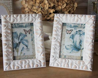"""Romantic distressed frame - """"sentimental"""" - rustic and shabby"""