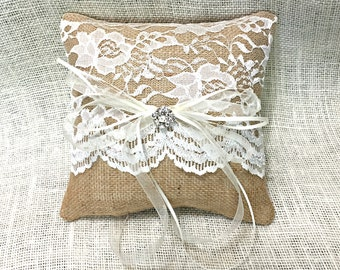 Burlap Ring Pillow, Burlap Ring Bearer Pillow, Lace Ring Bearer Pillow, Ring Bearer Pillow, Rustic Glam Wedding, Burlap and Lace Wedding
