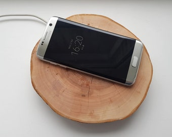 Hand-Made Wooden Wireless Charger (Qi Standard)