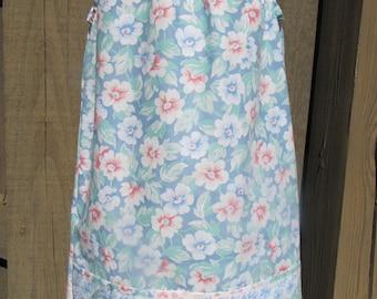 Girls size 3 pillowcase dress vintage fabric