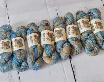 Hand dyed self-striping Harry Potter inspired yarn | Handdyed - Wool - Merino-Nylon | Ravenclaw