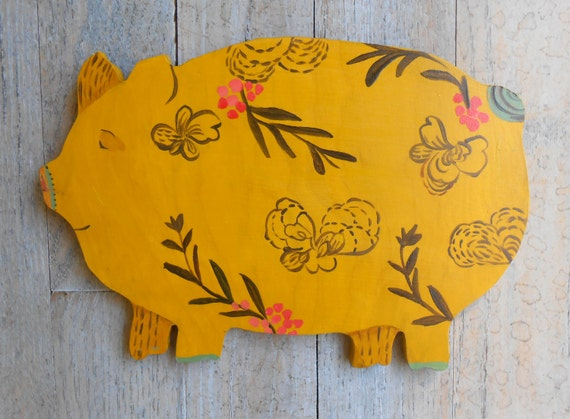 Wood pig by Kimberly Hodges, country french sign, laundry room sign, wooden pig, french country signs, farmhouse style, modern farmhouse