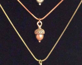 ON SALE - Acorn pendant necklaces - Autumn favorite - Adorable - add matching earrings!