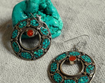 Tibetan style ethnic earrings - Turquoise & coral - Traditional vintage jewelry from nepal - bohemian style - Gypsyjewelry