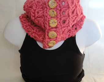 SALE Pink Super Chunky Broomstick Lace Cowl with Wooden Buttons