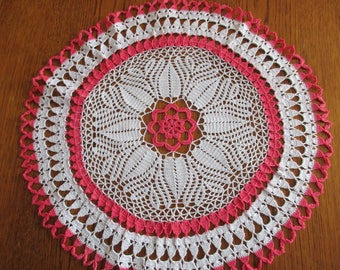Two-tone round doily handmade crochet