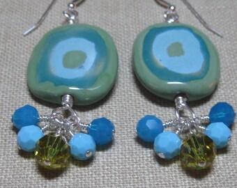 Bullseye in Blue & Olive Kazuri Cluster Dangle Earrings - E694