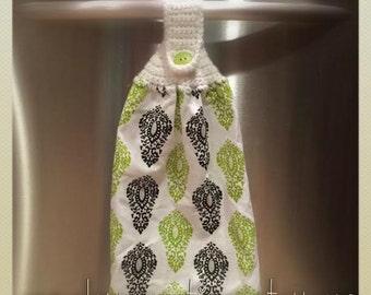 Crochet Towel Topper~ Ready to ship~FREE SHIPPING