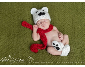 Newborn Polar Bear Hat Scarf and Booties Christmas Holiday Crochet Photo Prop Set