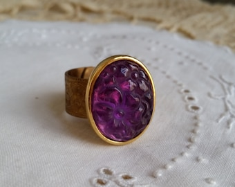 VINTAGE RING Reclaimed Up Cycled Pressed Glass Floral Cabochon Purple Violet Jewelry Dress Up Adjustable One of a Kind