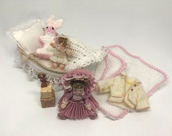 Dollhouse Miniature Nursery Set Nr 4 in 1:12 scale
