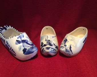 Delft Blue and White Trio of Clogs appx 140mm 115mm 110mm