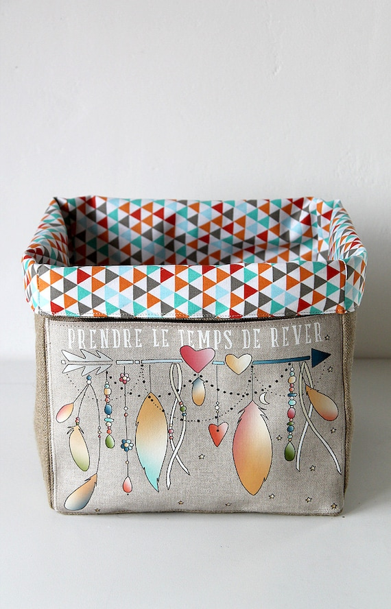 """Small basket square very soft / natural linen dish lined with cotton and illustrated """"time to dream"""""""