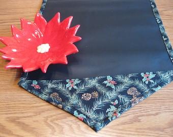 Christmas Table Runner // Chalk Cloth Table Runner