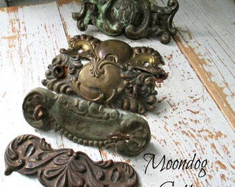FaBuLouS ANTiQuE ART NouVeau HaRDWaRe PieCeS - SeT of FiVe