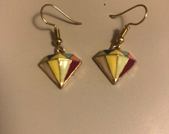 Lightweight,Sofisticated Diamond Shaped Mosiac earrings