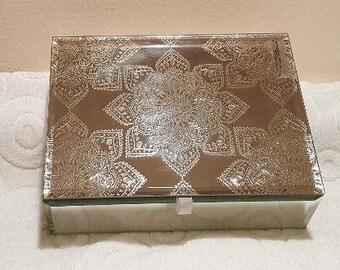 No. 127 ~ Mirrored Mandala ~ Distant Karuna Angel Reiki© Prayer Box