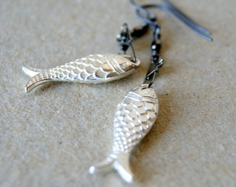Silver Fish Earrings - vintage Lucite Fish with gunmetal colored swivel snaps