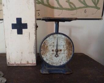 charming rustic rare art deco blue columbia scales / retro / vintage kitchen scales / primitive / blue scales / vintage kitchen