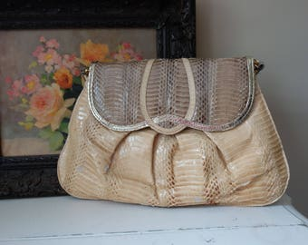 Vintage 1970s Purse Faux Lizard Skin Crossbody Bag Evening Clutch Scallop Detail Boho Style 1970s Vintage