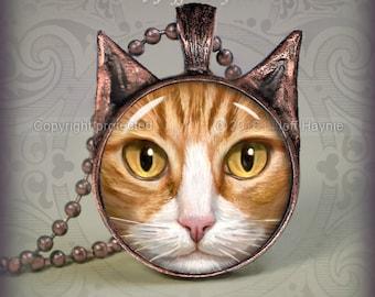 OW1 ORANGE TUXEDO Cat pendant