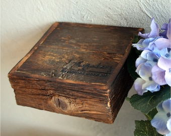 5.5x5.5 in(14x14cm),Original IMgalery Shelves,Reclaimed Rustic Wood Shelves,Original Handmade,Rustic Shelf,Recycled Wood,Weathered Wood,0501