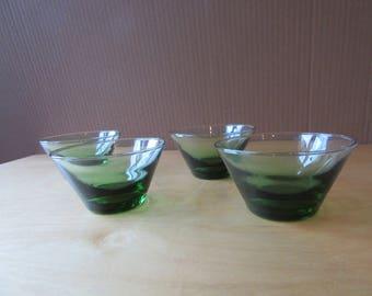 GREEN BOWLS - Set of 4 Mid-Century Dessert, Ice Cream Bowls. VINTAGE