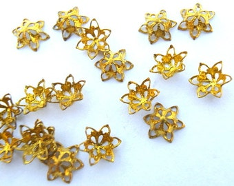 20 VINTAGE flowers, metal lace design 5mmx3mm height