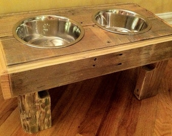 Reclaimed rustic pallet furniture dog bowl stand pet feeding station with 2 stainless steel bowls natural oak finish