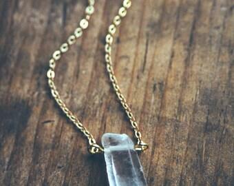 boho dainty raw quartz necklace.