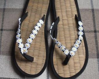 Ladies Straw Wedding or Beach Flip Flops Black with Lace