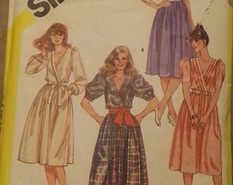 Vintage Sewing Pattern Simplicity 5989