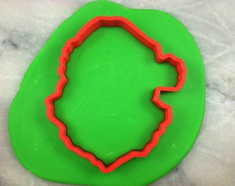 Santa Claus Cookie Cutter outline 1 - SHARP EDGES - FAST Shipping - Choose Your Own Size!