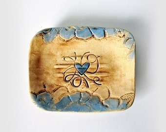 Brown and Blue Soap Dish, Stoneware, Ceramic Soap Dish, Heart, Lace Texture, Bathroom Decor, Shabby Chic, Farmhouse Decor, Rustic Pottery