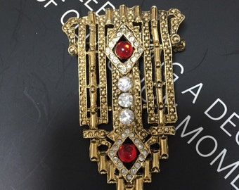 Stunning Vintage red and gold brooch