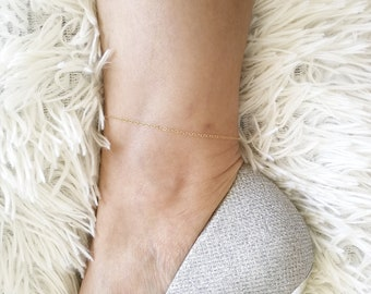 Gold Anklet, Gold Fill Anklet, Ankle Bracelet, Gold Chain Anklet, Dainty Layering Anklet, Stacking Anklet, Dainty Anklet, Delicate Anklet
