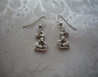 Bunny Earrings, Rabbit Necklace, Easter Jewery Set, Bunny with egg, by Brendas Beading on Etsy