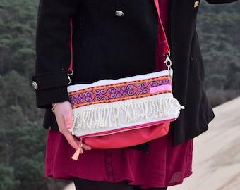 Messenger flap bag: the small Hindu