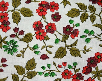 50s Floral Print Fabric - 47 x 44.5 Inches Wide - Pink Red Green White 1950's Cotton Blend Flowers Broadcloth Yardage - 1.3 Yards - 47761