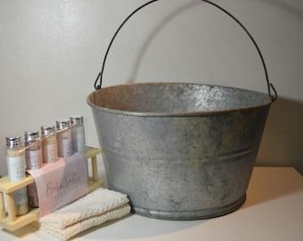 Vintage Farmhouse/Country Home Galvanized Aluminum Bucket