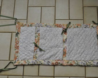 tidy lace and flower for bathroom