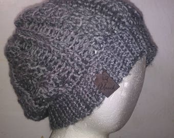 Chunky slouchy hat, grey hat, chunky hat, slouchy hat, winter hat, stylish crochet hat, girls hat, cabled slouchy hat, cabled crochet hat