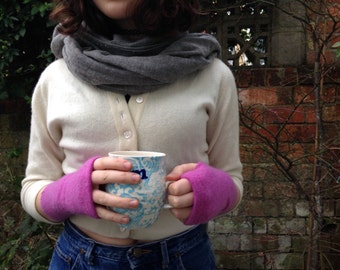 Pink cashmere fingerless gloves