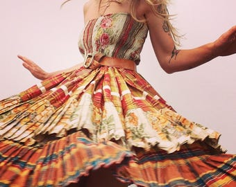 Scapa of Scotland | Vintage | 1970s | Skirt/dress | Boho | Flowers | Maxi romantic | Ruffles | Bohemian | Hippie chic | Peasant | Gypsy